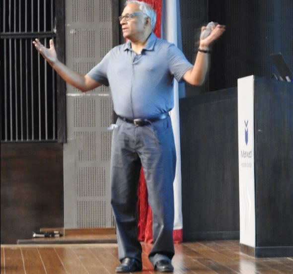 Interactive session on Artificial Intelligence 						by Dr. Chakravarty